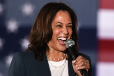 Kamala Harris Masters Effortless Fall Style in a Blazer, Skinny Jeans & Leather Converse
