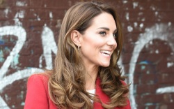 kate middleton, coat, red, dress, black,
