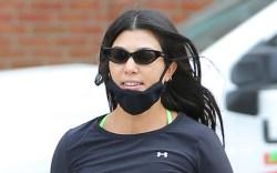 kourtney kardashian, run, shoes, leggings, workout,