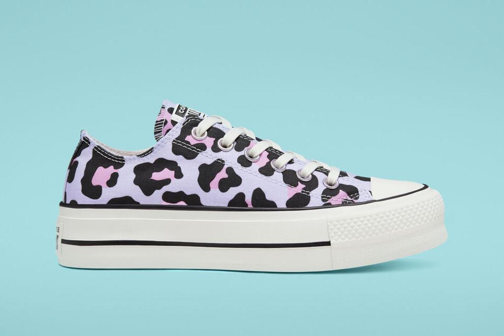 platform converse, leopard print platform chuck taylor, leopard print shoes