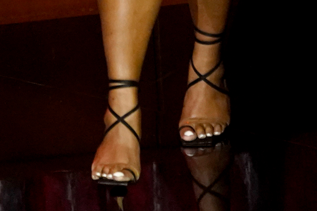 lizzo, billboard music awards, dress, vote, heels, shoes, style, big toe