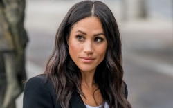 meghan markle, shoes, blazer, style