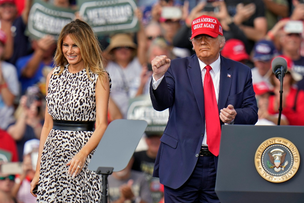 donald trump, president, melania trump, dress, cheetah, heels, pumps, leather, tampa, florida, suit