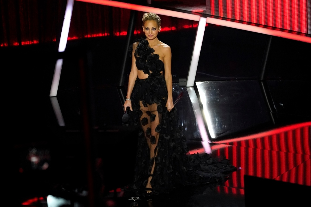 nicole richie, billboard music awards, bbmas, dress, sheer, lace