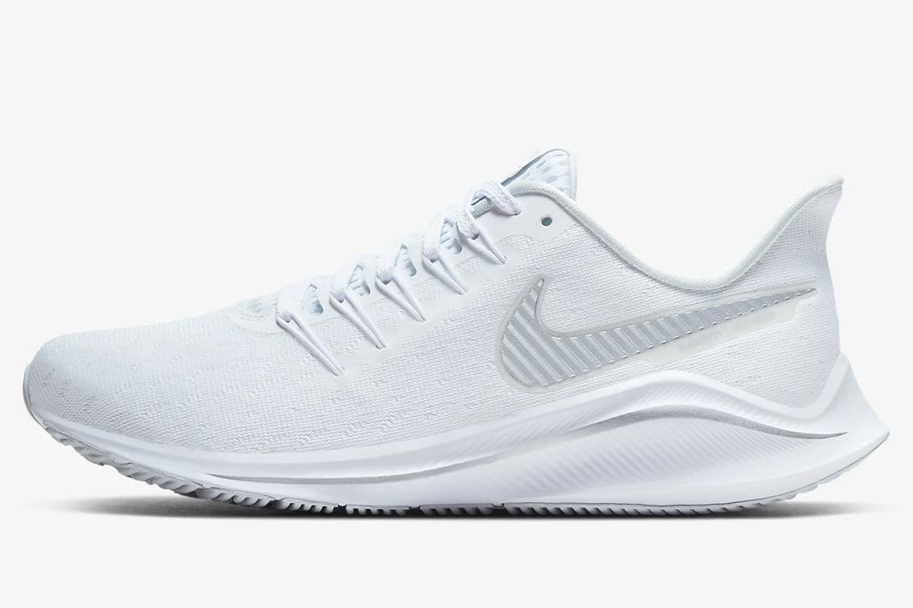 running shoes, white, workout, nike