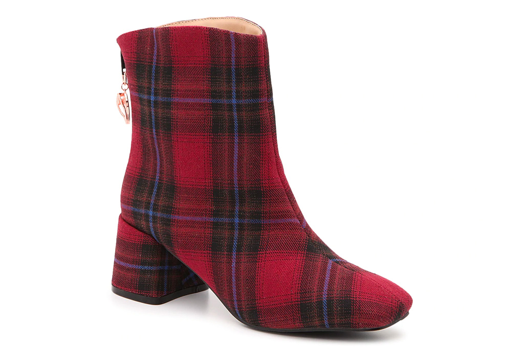 plaid boots, flannel, tartan, checkered, fall, penny loves kenny, dsw