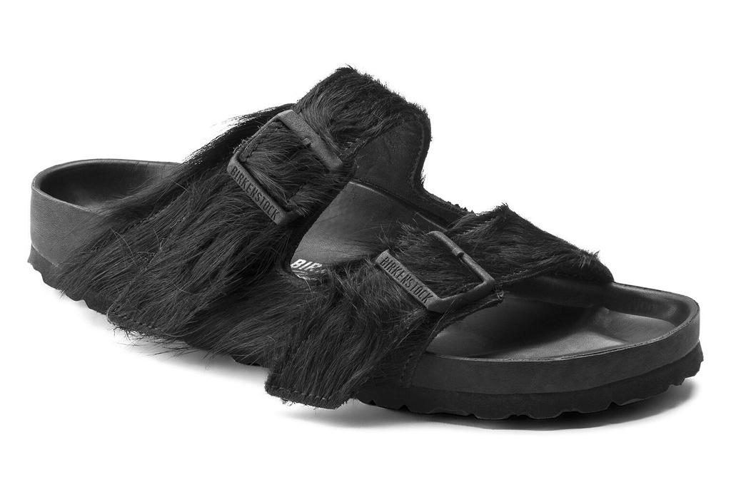 sofia richie, crop top, leggings, sandals, rick owens, birkenstock, los angeles, furry
