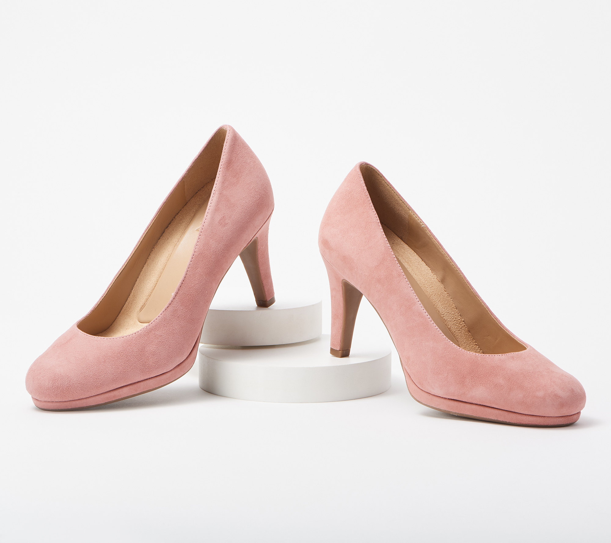"Naturalizer Michelle is a modern essential. This platform pump is a timeless silhouette with a rounded toe and scooped vamp. Non-slip outsole suede upper manmade balance COO: Imported Heel height: 3""."