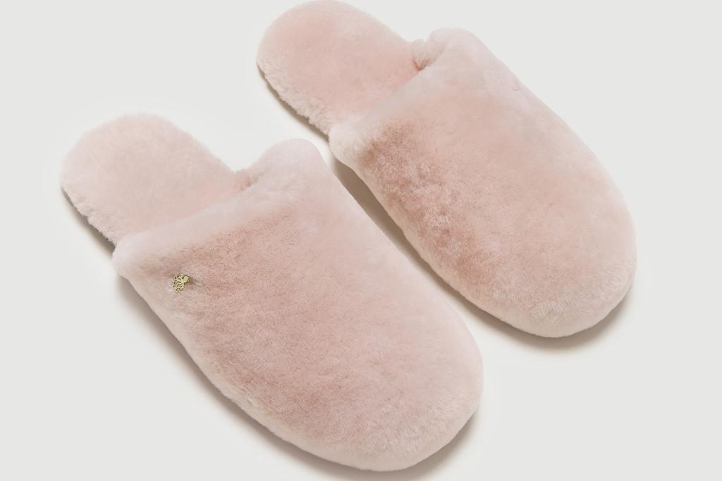 senreve slippers, bca slippers, pink slippers