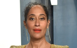 tracee ellis ross, suit, heels