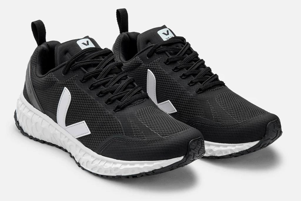 veja, running shoes, condor, black, white