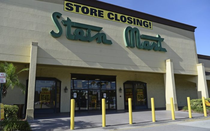 BOCA RATON, FL - AUGUST 27: A general view of Stein Mart as all U.S. stores across 30 states are closing in wake of bankruptcy filing amid the pandemic on August 27, 2020 in Boca Raton, Florida. Credit: mpi04/MediaPunch /IPX