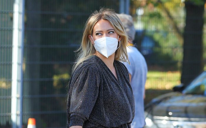 Pregnant Actress Hilary Duff Arrives On The Set Of 'Younger' In Queens, New York