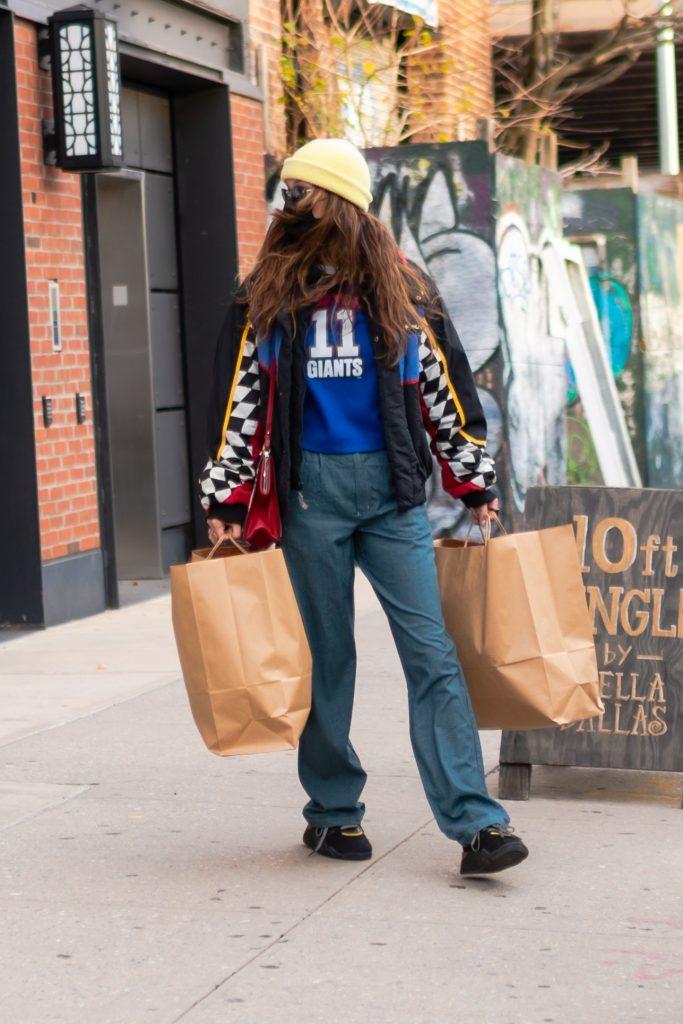 Bella Hadid, Justine Skye and Yasmin Wijnaldum are seen leaving a vintage clothing store in BrooklynPictured: Bella HadidRef: SPL5198648 171120 NON-EXCLUSIVEPicture by: Peter Parker / SplashNews.comSplash News and PicturesUSA: +1 310-525-5808London: +44 (0)20 8126 1009Berlin: +49 175 3764 166photodesk@splashnews.comWorld Rights