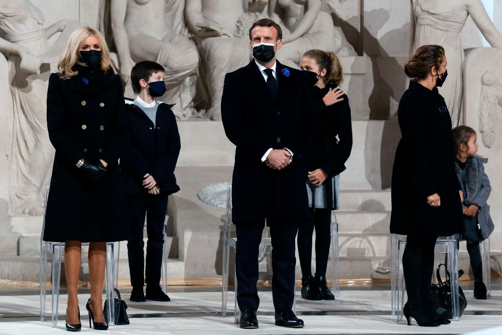 brigtte macron, black coat, boots, tights, louis vuitton, heels, dress, ceremony, paris, first lady, france