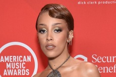 Doja Cat Goes Strapless in the Wildest Heels at the 2020 American Music Awards