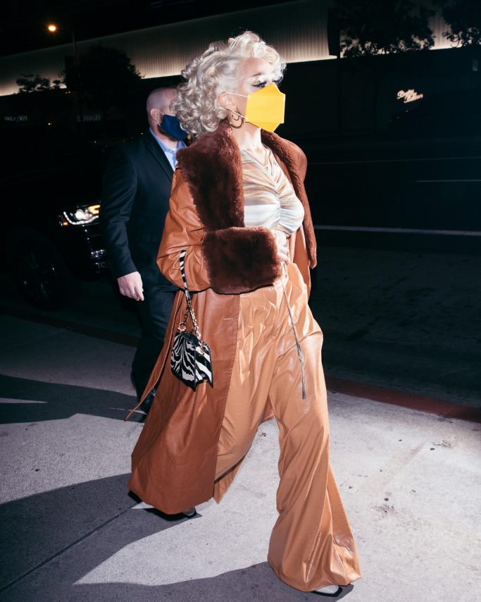 Doja Cat looks stunning as she leaves her party at BOA. 16 Nov 2020 Pictured: Doja Cat. Photo credit: 007 / MEGA TheMegaAgency.com +1 888 505 6342 (Mega Agency TagID: MEGA715429_003.jpg) [Photo via Mega Agency]