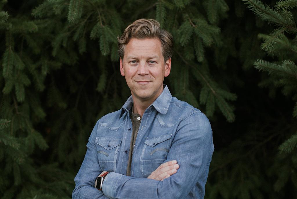 Erik Walcott Ecco