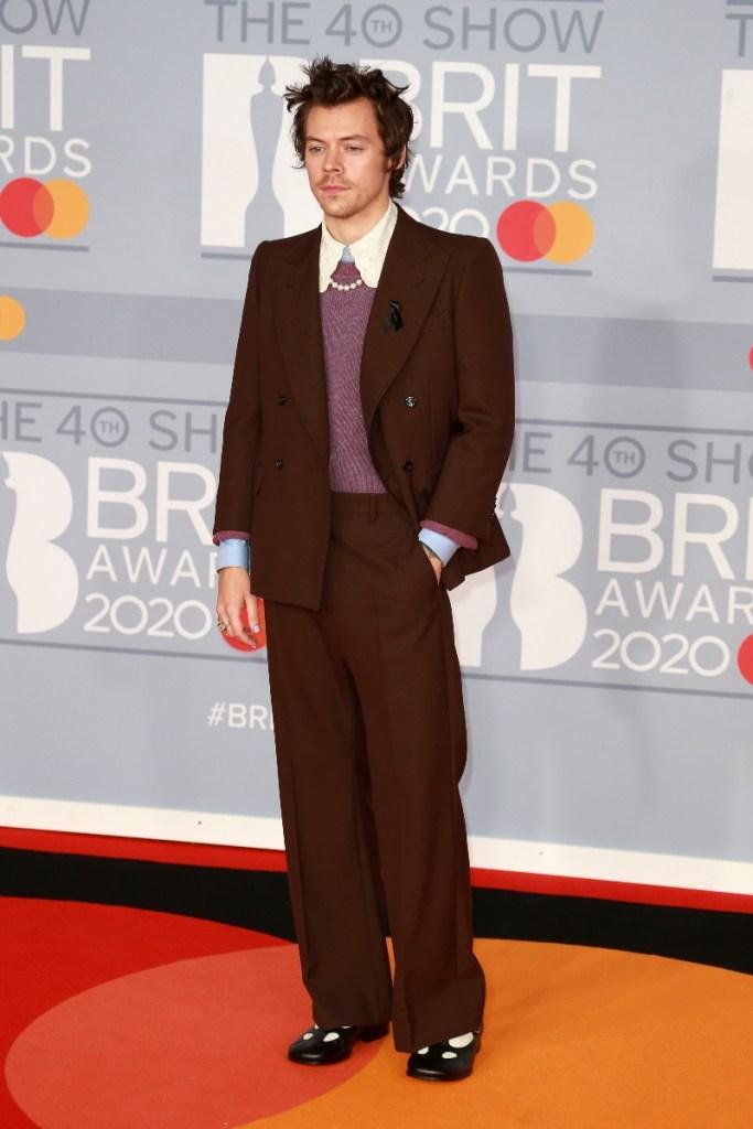 harry styles, brit awards, gucci, heels
