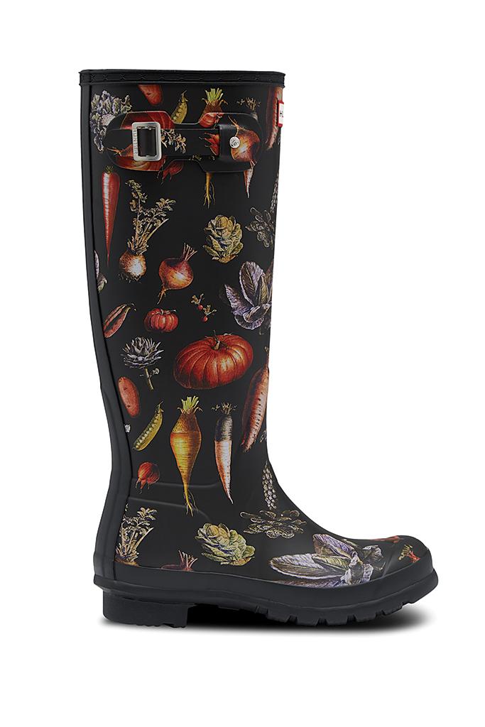 hunter x peter rabbit, peter rabbit rain boots, hunter boots