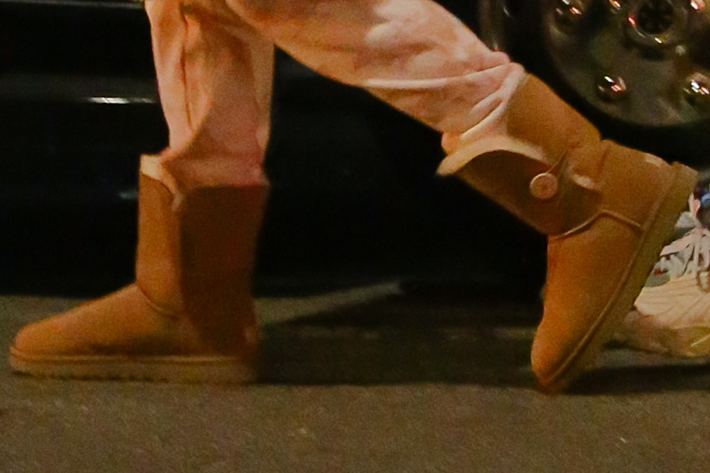 jennifer lopez, jlo, boots, ugg, sweatpants, sweatshirt, coat, coach, new york, kids, alex rodriguez