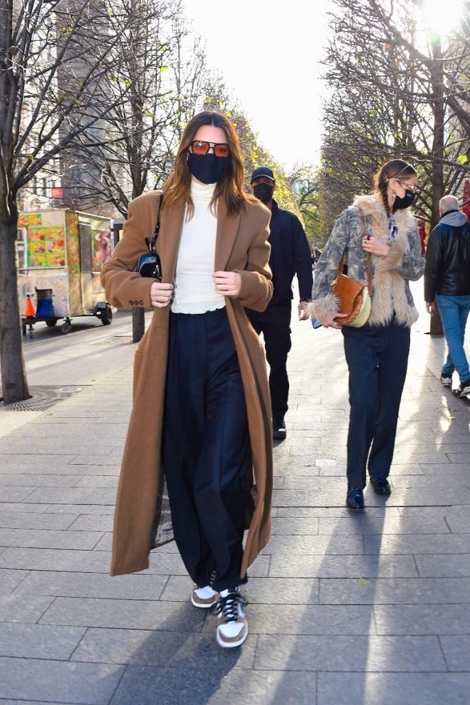 kendall jenner, coat, pants, hat, bella hadid, sneakers, new york, nike, model