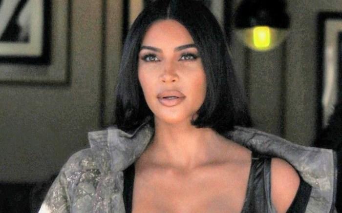 kim-kardashian-pants-shirt-slides