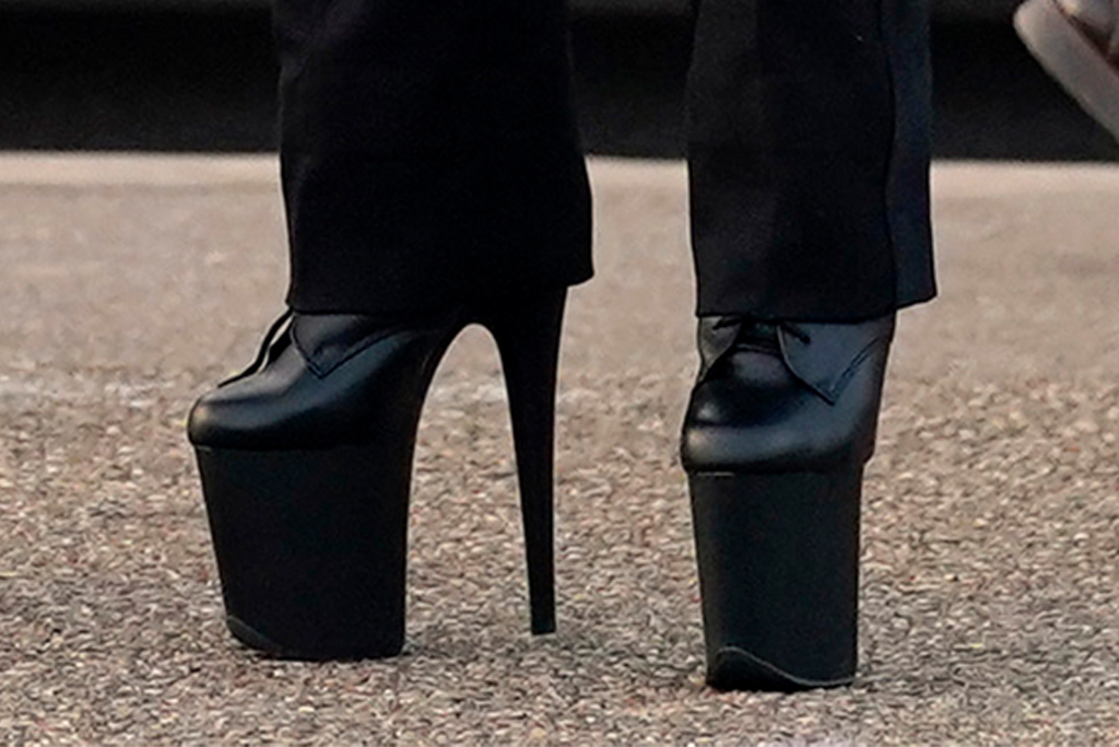 lady gaga, heels, boots, platform, joe biden, rally, penn, pittsburgh, jacket