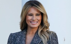 melania trump, thanksgiving, turkey pardon, skirt,