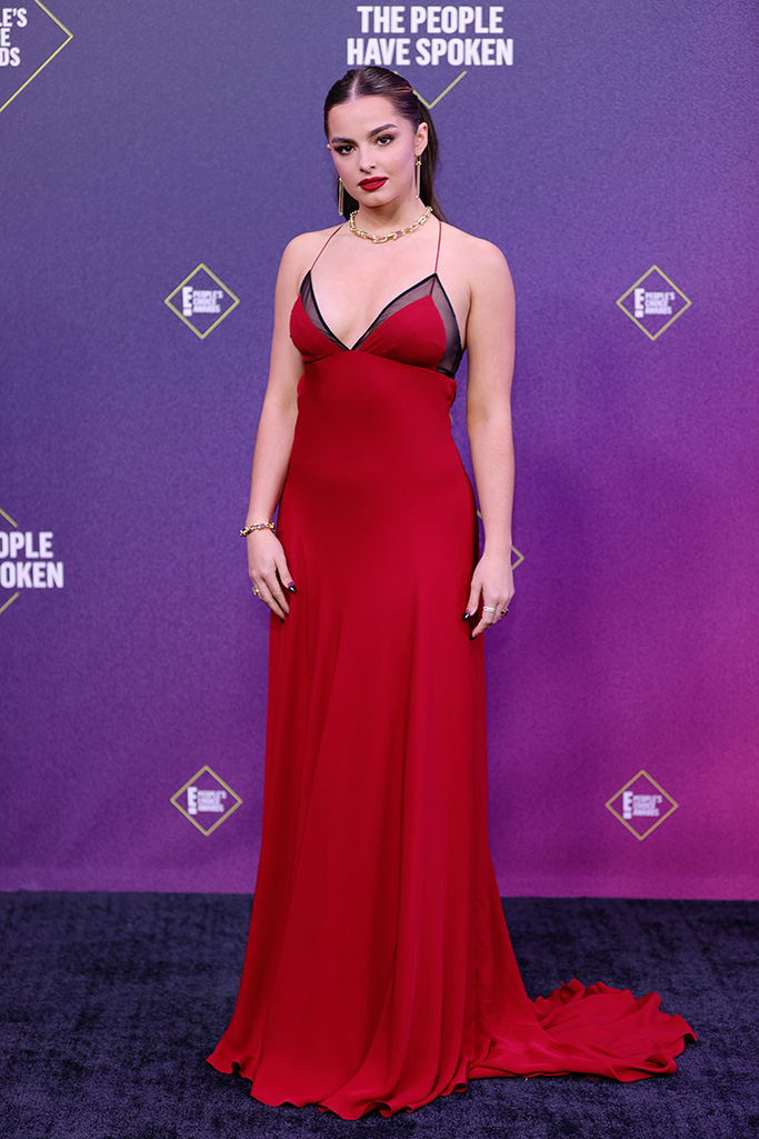 SANTA MONICA, CALIFORNIA - NOVEMBER 15: 2020 E! PEOPLE'S CHOICE AWARDS -- In this image released on November 15, Addison Rae arrives at the 2020 E! People's Choice Awards held at the Barker Hangar in Santa Monica, California and on broadcast on Sunday, November 15, 2020. (Photo by Rich Polk/E! Entertainment/NBCU Photo Bank via Getty Images)