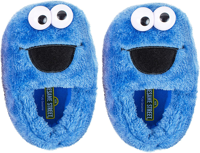 sesame-street-elmo-slippers