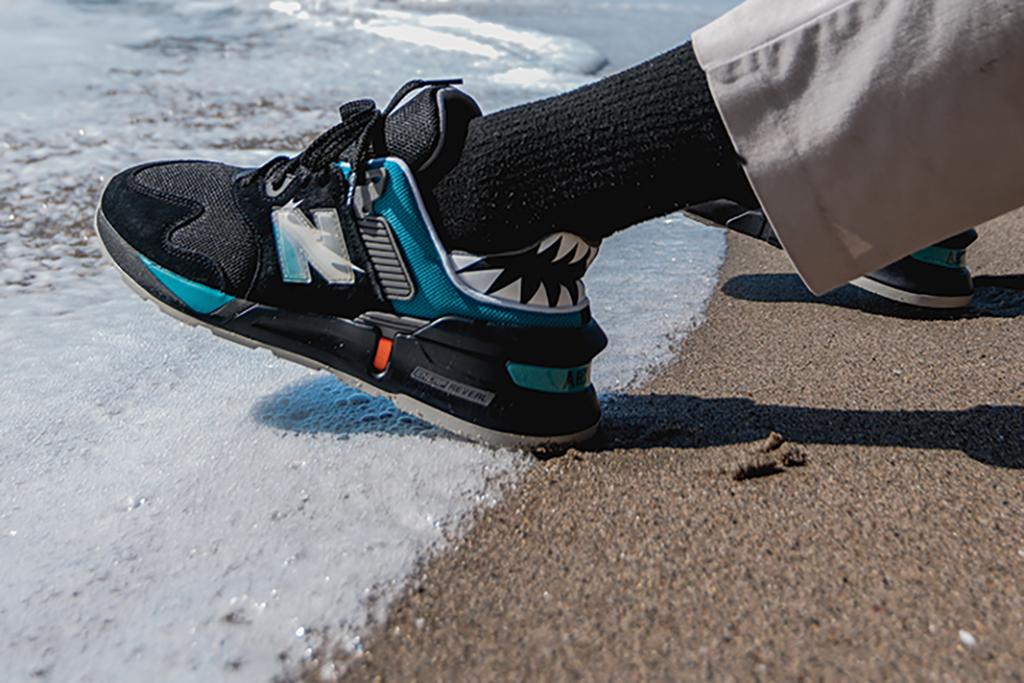 Shoe Palace New Balance 997S Great White black toe
