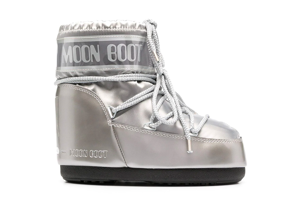 moon boots, shoes, boots, silver