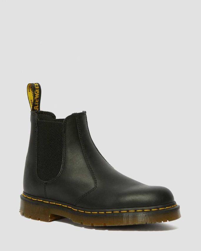 slip-resistant-chelsea-boot
