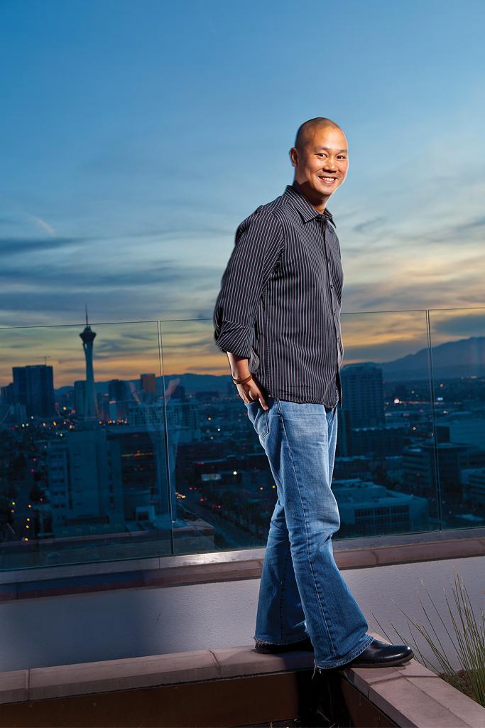 Tony Hsieh dies Zappos