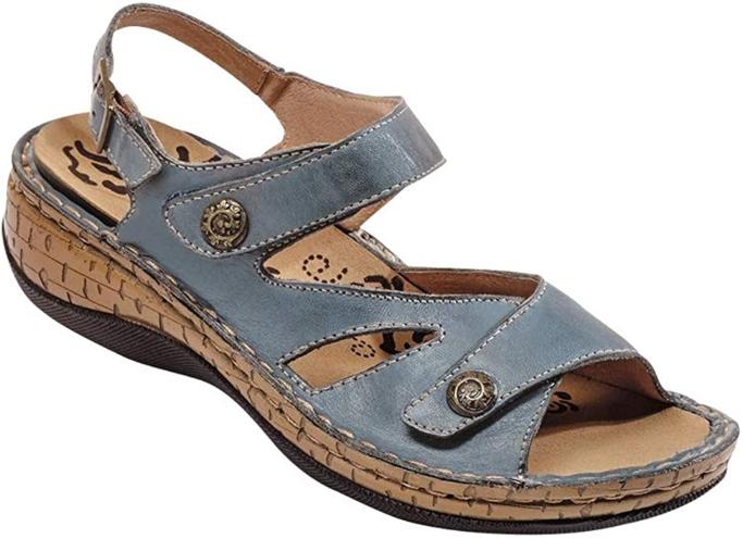 propet sandal
