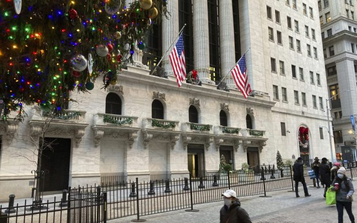 Photo by: STRF/STAR MAX/IPx 2020 12/7/20 The New York Stock Exchange gets into the holiday spirit with Christmas lights and decorations. Wall Street looks to finish off a strong year with record highs.