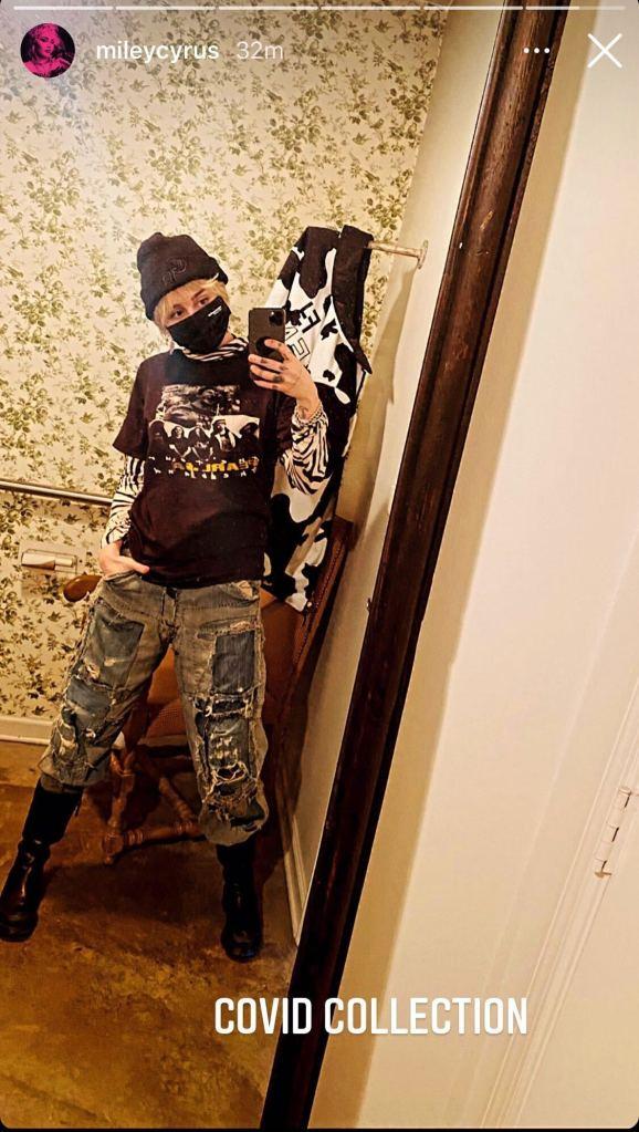 miley cyrus, boots, 2000s, pants, shirt, layered, hat, punk