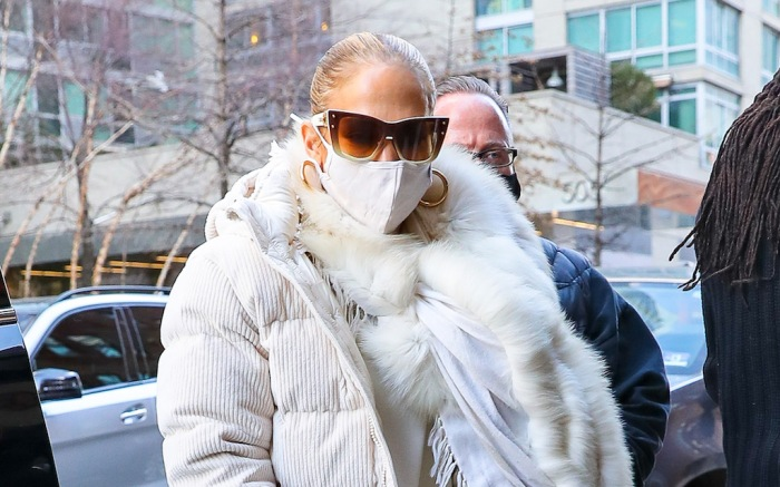 Jennifer Lopez In All White As She Heads In To Rehearsals For New Year's Eve Concert
