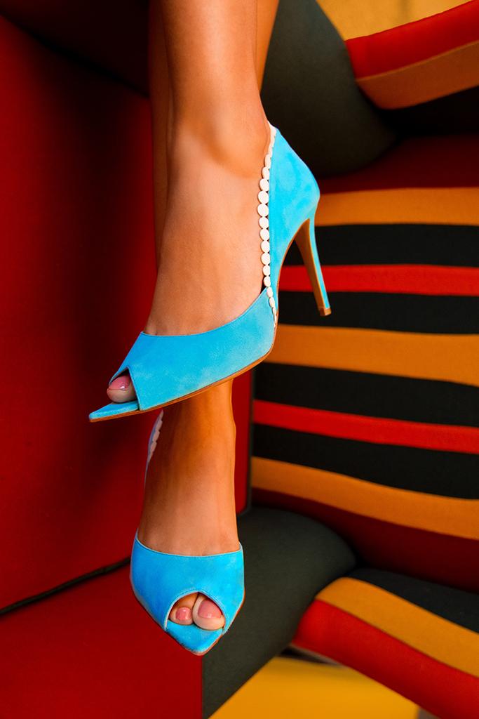 titi adesa shoes