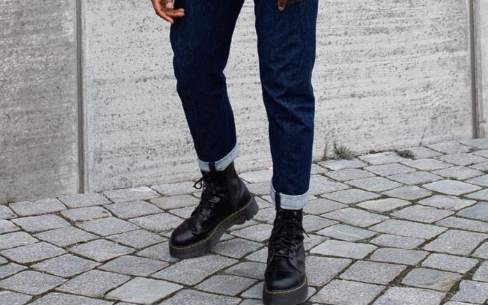 how to style dr martens with jeans