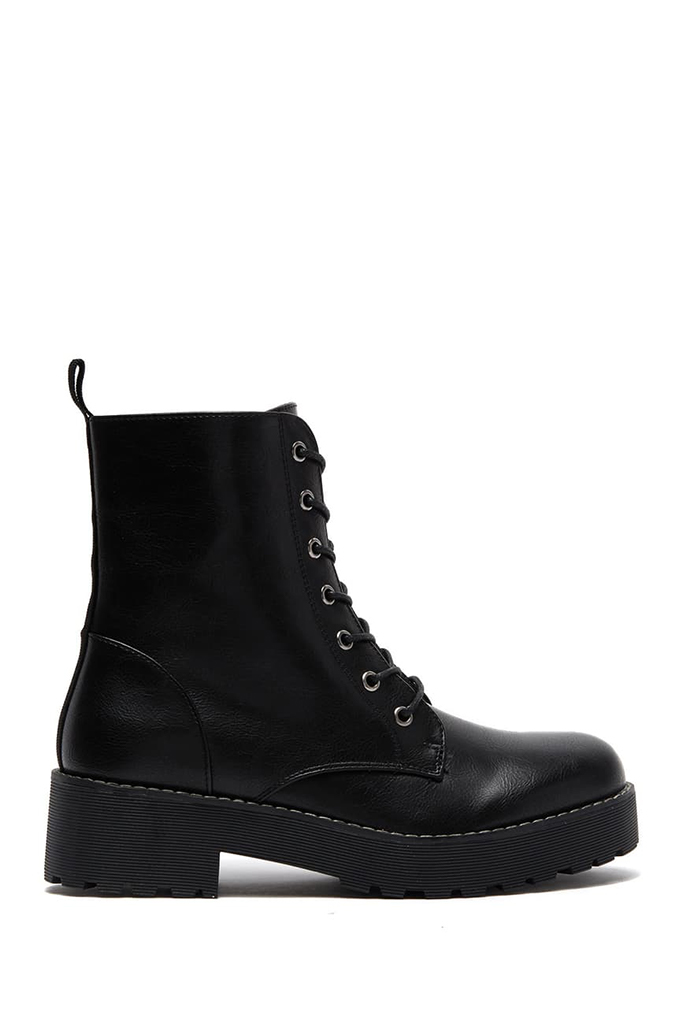 dirty laundry, combat boots, black boots