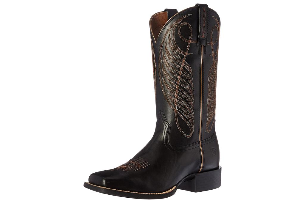 black boots, cowboy boots, ariat