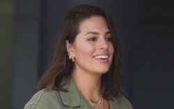 ashley graham, pants, boots, top