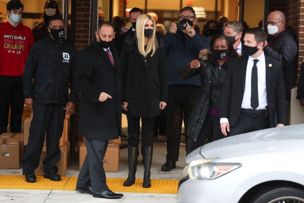 ivanka trump, skinny jeans, boots, food delivery, food box, farmers, virginia, jacket, rain, mask, president