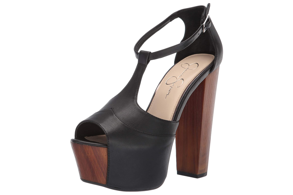 black heels, platform, jessica simpson