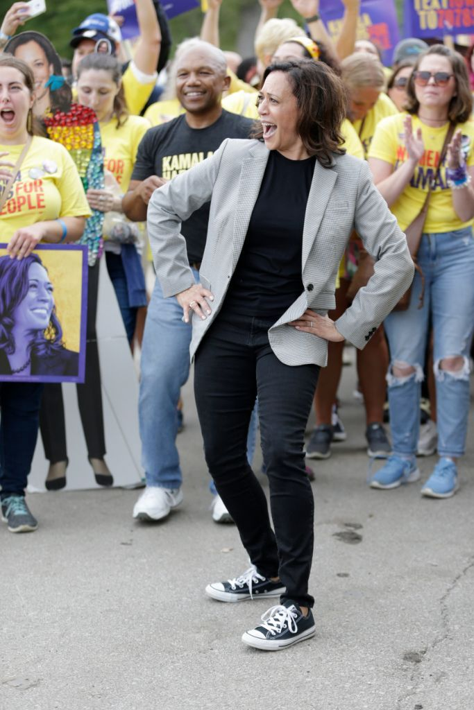 kamala harris, kamala harris converse, kamala harris sneakers, converse all-star