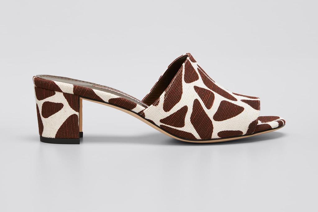 manolo blahnik, bergdorf goodman designer shoe sale, designer shoes on sale