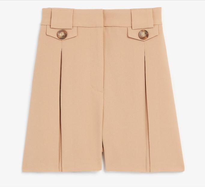 pleated-shorts