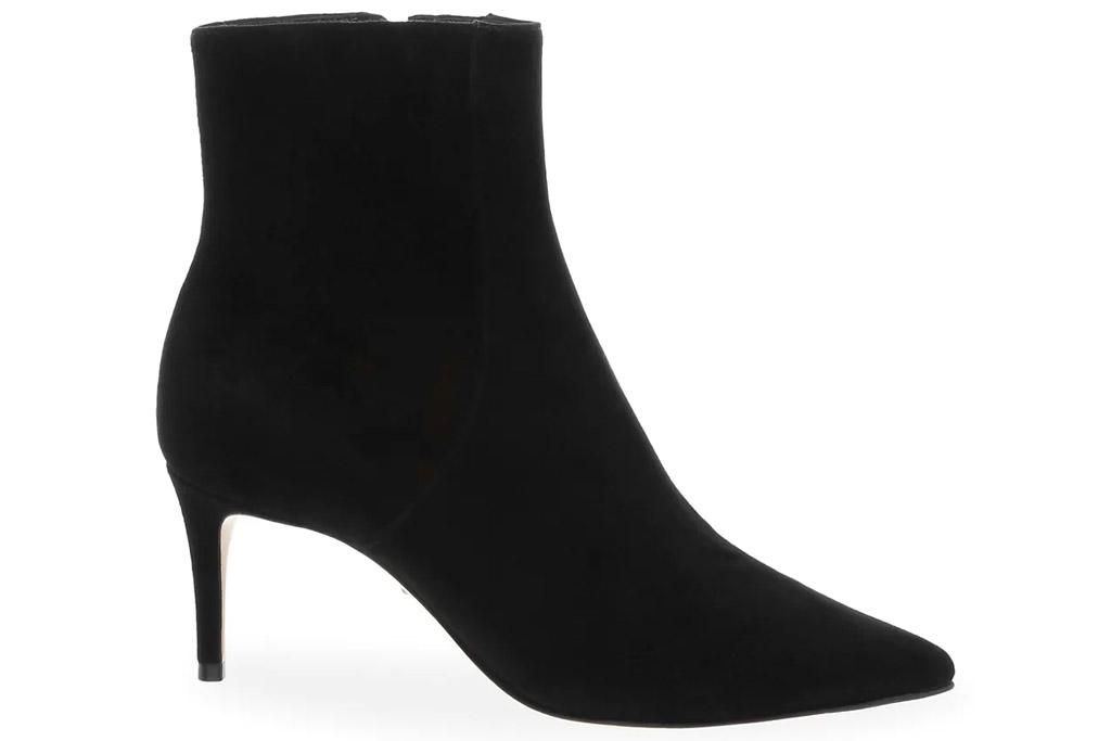 black boots, booties, heeled, suede, schutz